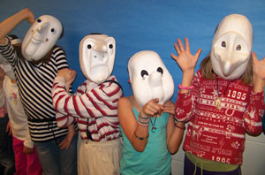 Mask and circus workshops for young adults
